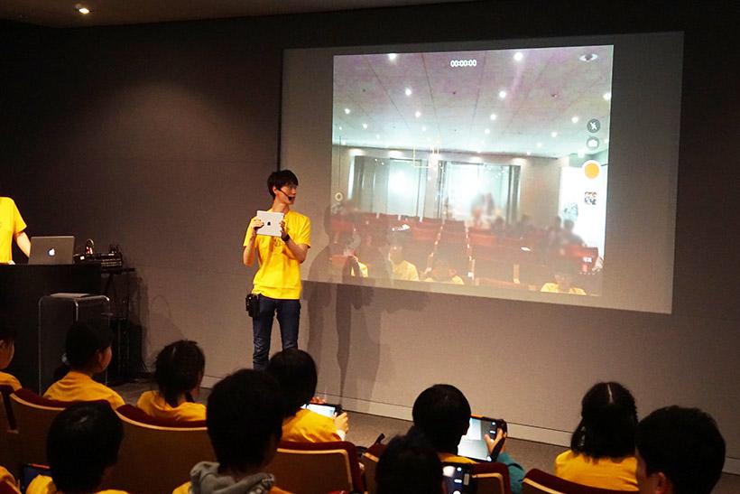 ↑スタッフから撮影のコツやiMovieの操作方法などを教わります
