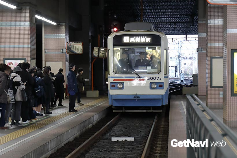 ↑JR黒崎駅に隣接して設けられる黒崎駅前。バス乗り場がすぐ横にあり、乗り換えにも便利だ