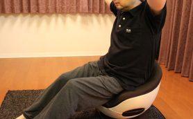 「座るだけでOK」は本当か? 話題のフジ医療器「体幹トレーナー」をぽっこりお腹の中年が1か月使ってみた結果・・・・・・