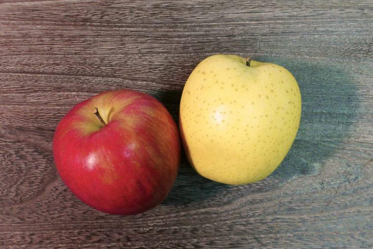 ↑リンゴは、体内の塩分を排出するカリウムや、皮には活性酸素の発生を抑えるポリフェノール成分を含んでいます