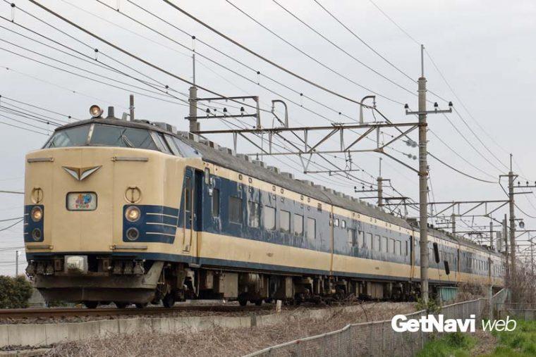 ↑今後の動きが注目される583系寝台電車。秋田車両センターの6両が最後の1編成となっている