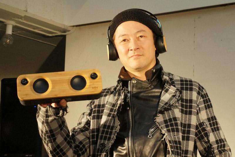 ↑俳優の浅野忠信氏も応援にやってきた