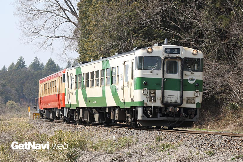 ↑白地に緑という塗装は烏山線独自のローカル色。2017年2月現在、8両中4両がこの塗装で走る