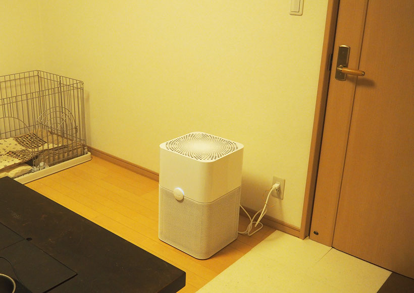 ↑6畳の閉め切った部屋でスモークを炊き、最大風量にしたParticleを使用したところ。なんと約7分で煙がほとんど見えなくなりました