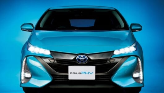EV走行距離が2倍超に! トヨタ「プリウスPHV」がフルモデルチェンジでいろいろ進化