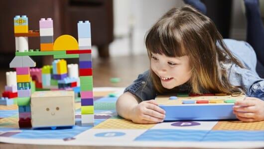 【インタビュー】3歳児でもプログラミングを学べる玩具「Cubetto キュベット」の生みの親フィリッポ・ヤコブ