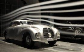 メルセデス・ベンツがドイツのクラシックカーショーに出展する伝説の11台とは?