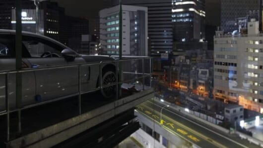 【任務】会場は銀座のビル6階、大型エレベーターはナシ――ポルシェ発表会の舞台裏【動画】