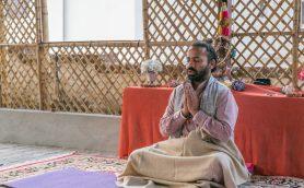 たった30分で春のストレスから脱却できる! 聖地で1ヶ月学んだ筆者が教える「瞑想初心者のためのコツ」