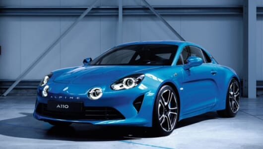 往年の名車の名を冠するルノー新型スポーツカーが登場! 当時の魅力そのままに最新技術で再構築