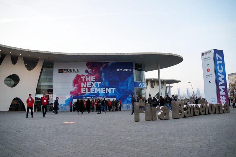 ↑MWC2017の会場となった、スペイン・バルセロナの展示会場「Fira Grand Via」