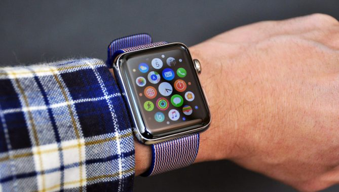 ↑昨年の秋に発売された「Apple Watch Series 2」