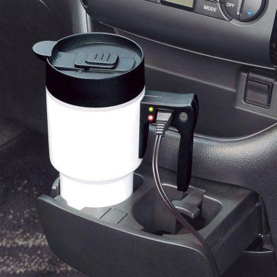 ↑カップホルダーに収まるサイズ感やこぼれにくい設計など、車内での使い勝手に配慮。空だき防止機能も搭載している