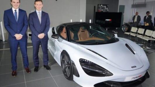 新開発のV8ツインターボはなんと720馬力! マクラーレン新型スーパーカーが堂々デビュー