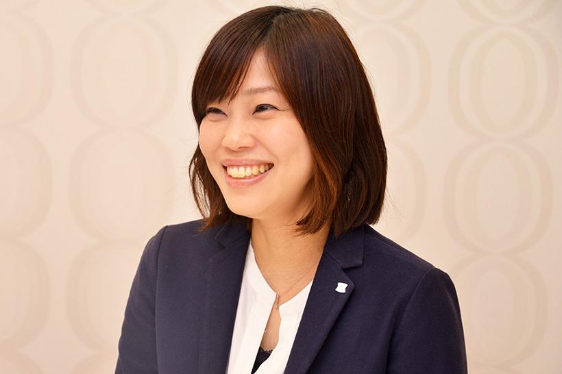 ↑商品本部 カウンター商品部 シニアマーチャンダイザーの東條仁美さん