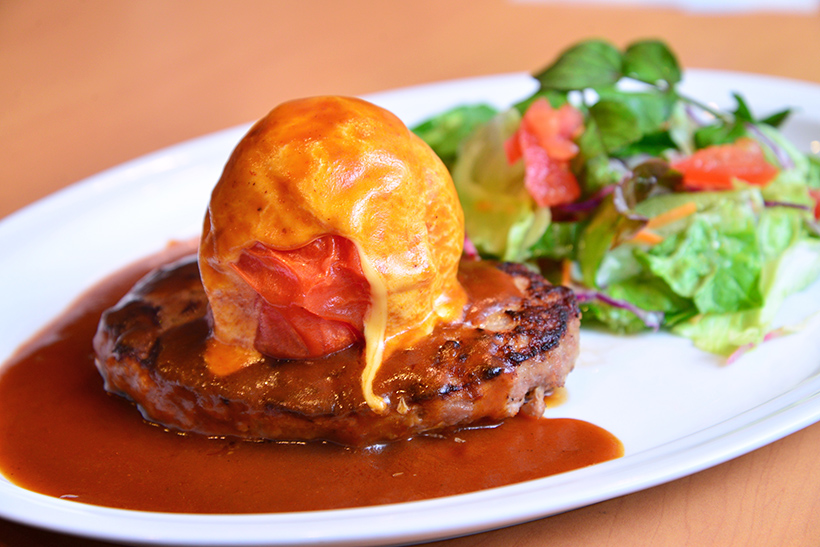 ↑まるごと焼きトマトとチーズのハンバーグ 799円(税抜)→4月2日までは699円(699円)