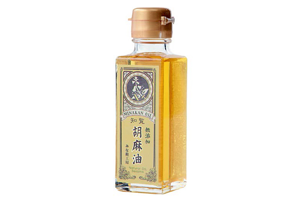 ↑土から育てつくった風味豊かな黄金油
