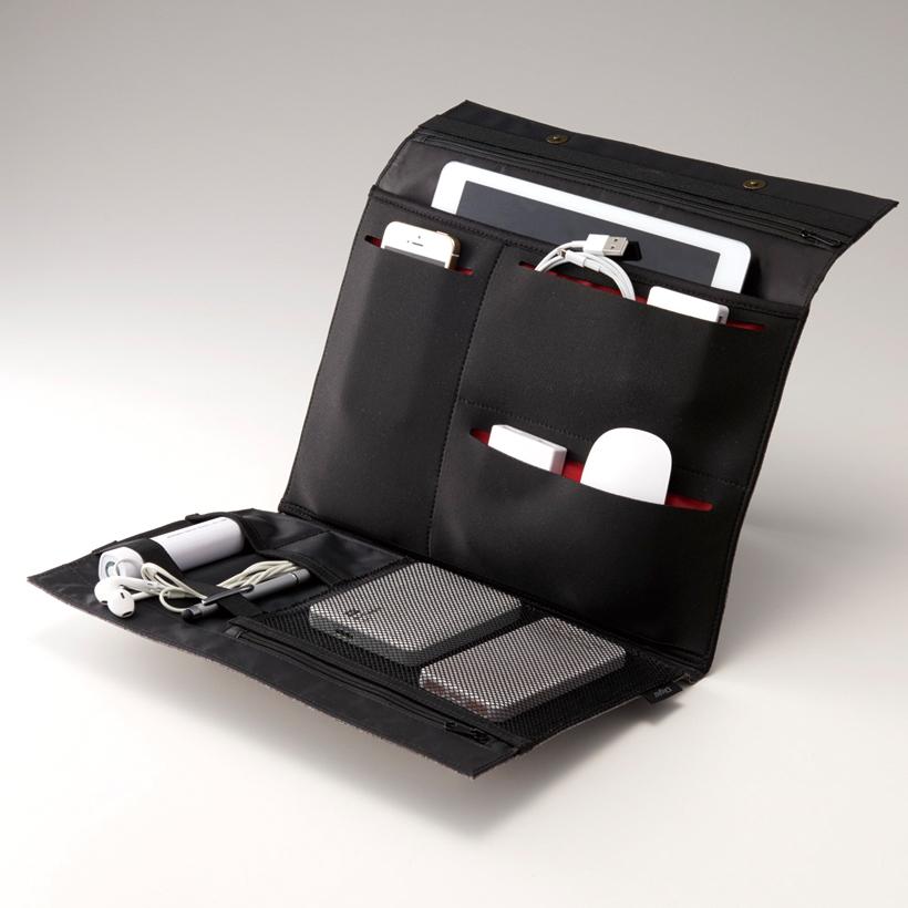 ↑バッテリーなども偏らず収納可。重量バランスが取れ、重さを感じにくくなる