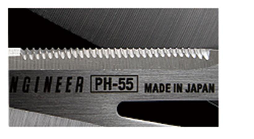 ↑マイクロセレーション :滑りやすいものも切りやすい、細かいギザ刃