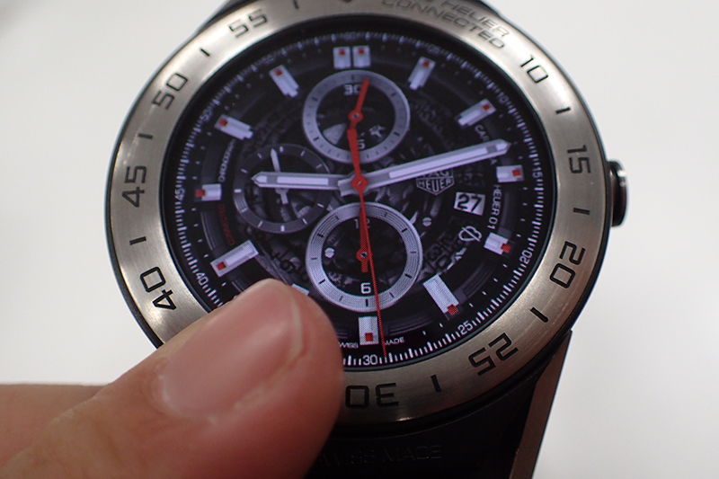 ↑ホイヤー01のダイアルデザイン。60万円超のモデルを擬似的に、お得に楽しめるのも素晴らしい!