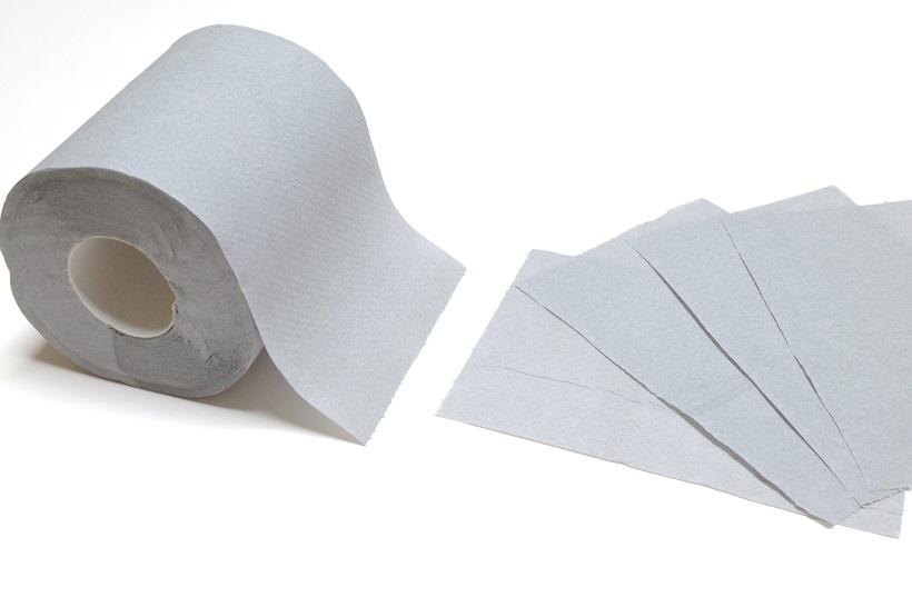 ↑ロール紙の巾は98mm、長さは40m。15cm間隔にミシン目が入っているので、好きな長さにカットして使用できます