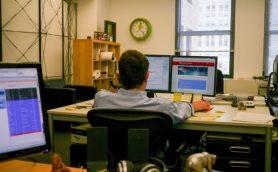 仕事中にサボっていても大丈夫? パソコンの画面を一瞬で隠すショートカット