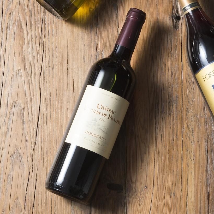 ↑濃厚な肉に合う酸味強めの仏産混合ワイン【ワイングラス1杯(125ml)あたり約116円】