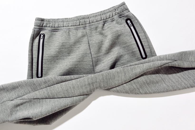 ↑パンツの内股を共地ガゼットで補強。快適性と足運びの良さをより一層高めている
