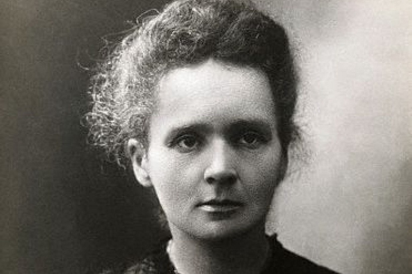 ↑reprint of portrait of Maria Skłodowska-Curie(public domain)