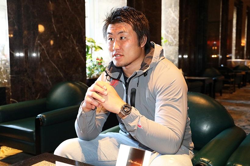 ↑ラグビーもしっかりやりつつ業務でも日本一を目指す真壁。そんな狙いで、ラグビーの『ラ』と業務の『業』を取って『ラ業両立』という言葉を掲げている