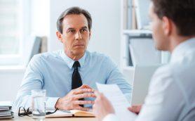 会話中の気まずい沈黙をなくすには? 誰でも簡単にできる「3つの心理テクニック」