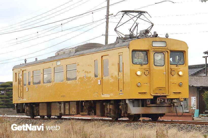 ↑小野田線や宇部線の日中の電車に使われる123系電車。かつての荷物電車が改造され造られた