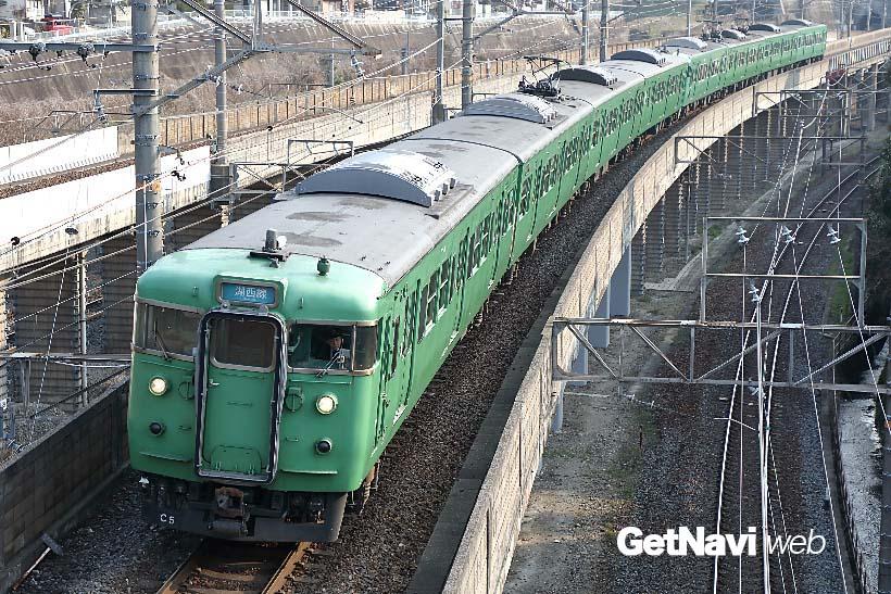 ↑113系近郊形電車は、117系と共に湖西線・草津線の主力車両として走り続けている