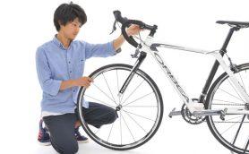 マスト技ながら見落としがちなポイント多数! 画像で学ぶロードバイクのフロントホイール脱着方法