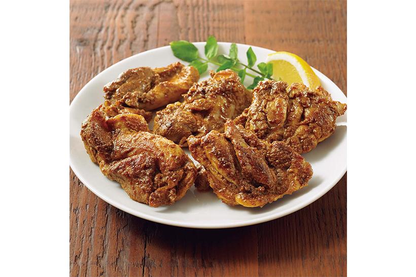 ↑鶏肉を漬けるだけで本場インドの味