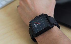 余計な荷物が増えない上に充電し忘れても大丈夫! 完璧すぎる「腕時計型モバイルバッテリー」が海外で大人気