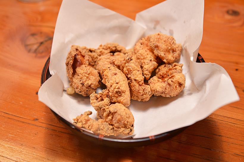 ↑「トリキの唐揚」は甘みとガーリック感がパワーアップ。定番ながら、味わいを少しずつブラッシュアップするメニューも続々と登場しています