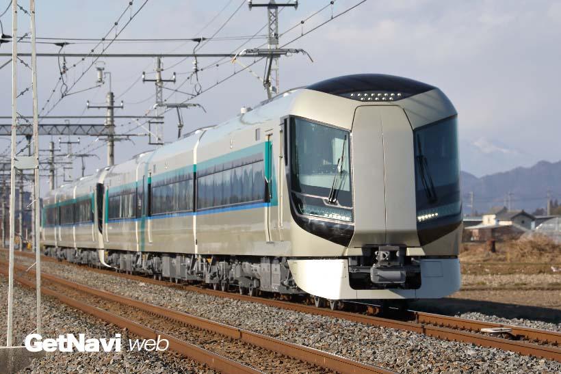 ↑東武日光線を中心に試運転が続けられる500系リバティ。前部の貫通扉部が大きな特徴となっている