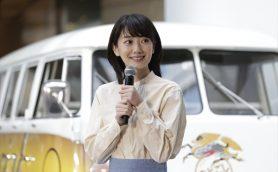 波瑠ちゃんのサインってそんな感じなのね…波瑠、全国を巡業するビール販売車の初めての客に!