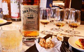 No.1アメリカンウイスキー「ジャック ダニエル」の最高級「ゴールド」は止まらないウマさ! ベストな飲み方と合うつまみは?