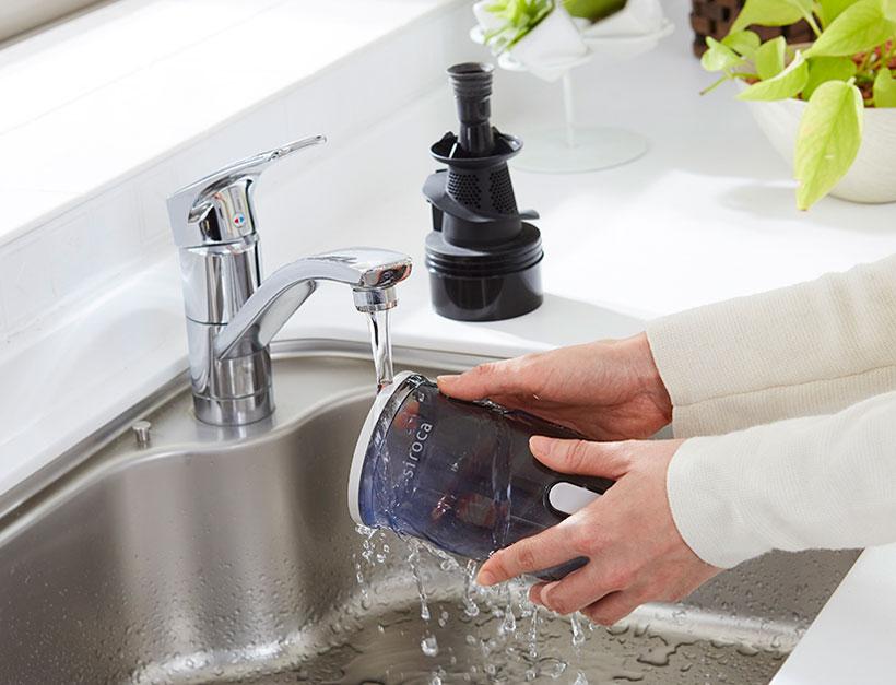 ↑ダストカップは取り外しも簡単で丸洗いOK