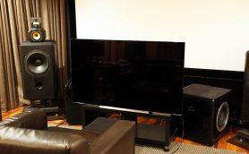 映画・アニメ好きは必見の美麗画質! 未体験の漆黒が美しい有機ELテレビ 東芝「REGZA  55X910」