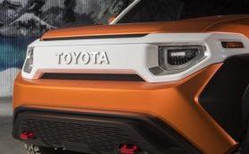 ドアハンドルが飲料用ボトルに!? トヨタがギア感あふれる新SUVコンセプトを世界初披露!