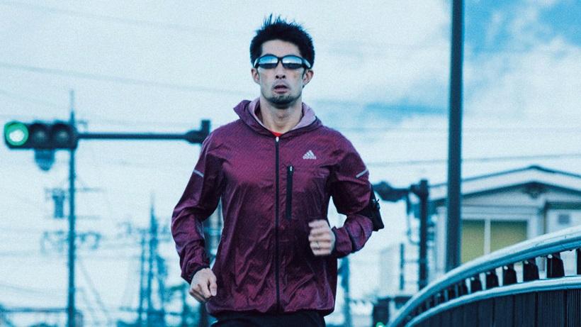↑ジョギング時などに装着することで、フォームや重心の位置などを確認できる