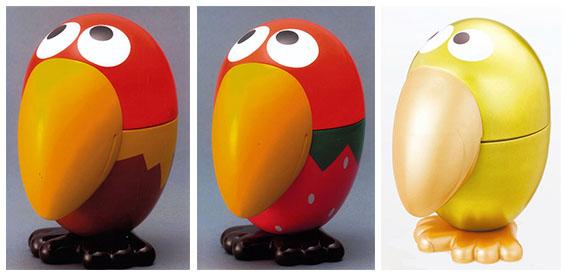 ↑やがて「カンヅメ」はキョロちゃんのカタチに。左から「キョロカンいちご」「キョロカンピーナッツ」、2007年に発売40周年を記念した「黄金のキョロカン」