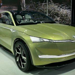 ↑シュコダはEVコンセプトカー「Vision E」。走行可能距離は310マイルと言われる