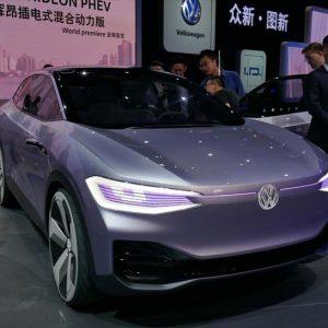 ↑フォルクスワーゲンが自動運転機能搭載のEVコンセプトカー「I.D.CROZZ」を発表