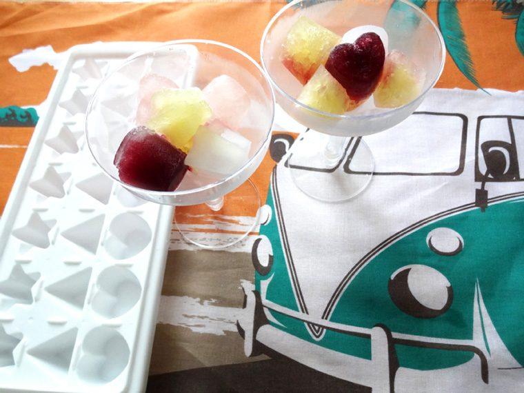 ↑ただジュースを凍らせただけでも、ハート型や星型になっていると楽しい!