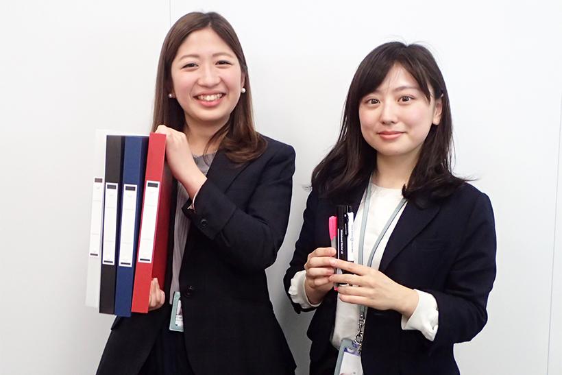 ↑……という流れで早速アスクル本社に伺った。対応していただいたのは、文具事業部でファイルを担当する小林さん(左)と、筆記具担当の今泉さん(右)
