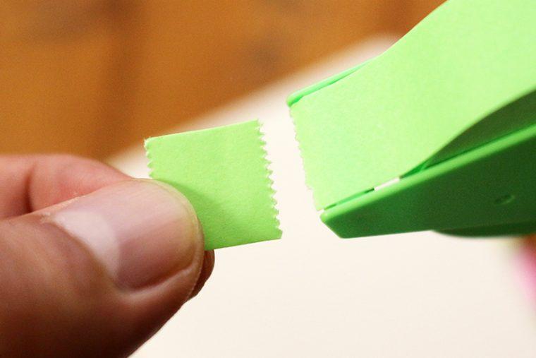 ↑インデックス用はこれぐらいの長さがベスト。長すぎるとビラビラして邪魔だし、むしろ剥がれやすい